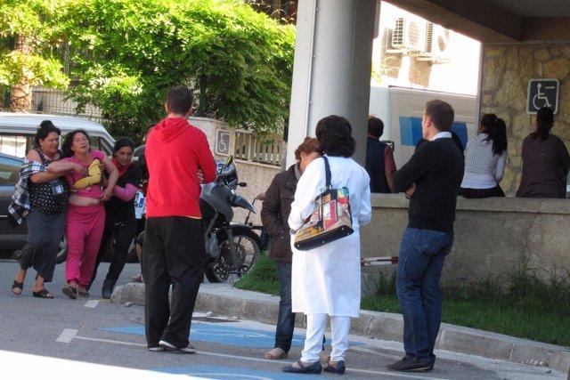Llegada De La Madre De Un Niño Fallecido En Granada El 27 De Abril