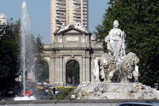 Monumentos de Madrid:  Cibeles y Puerta de Alcalá