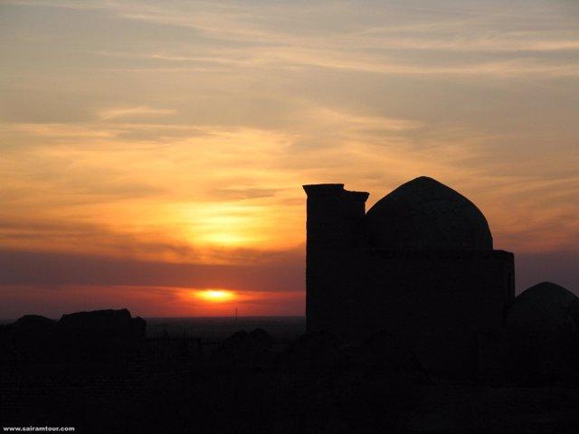 Mezquita En La Ruta De La Seda
