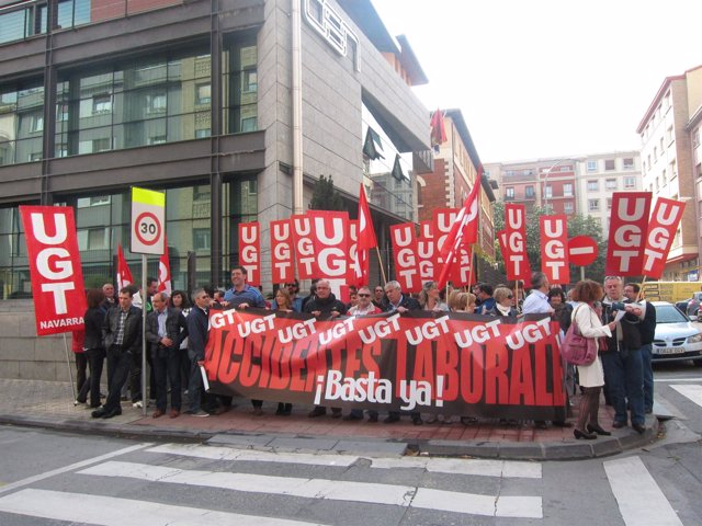 Concentración De UGT Frente A La CEN.