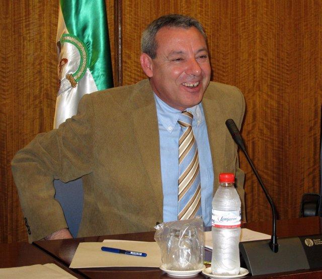 El consejero de Educación, Francisco Álvarez de la Chica