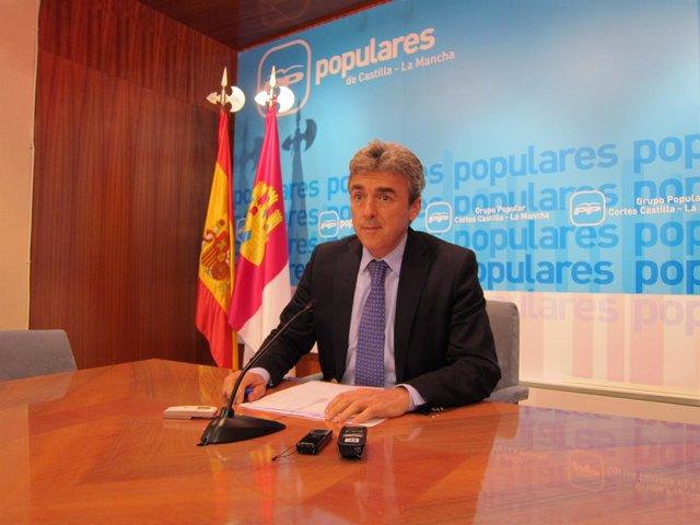 Leandro Esteban, PP