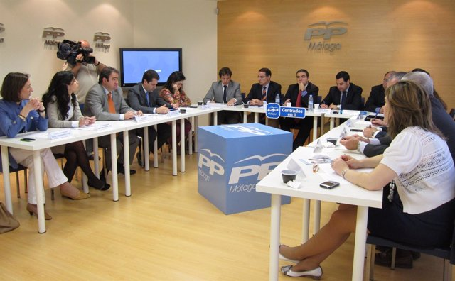 PP De Málaga Reunido Con Empresarios