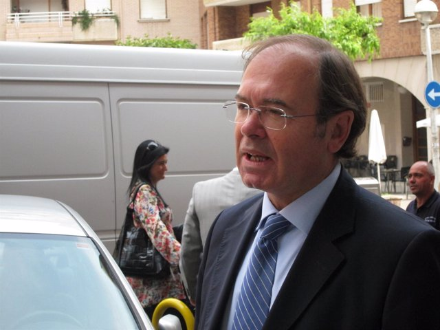 Pío García Escudero en Castro Urdiales