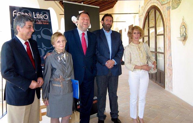 El Alcalde De Sevilla, Alfredo Sánchez Monteseirín, Presenta La Feria Del Libro