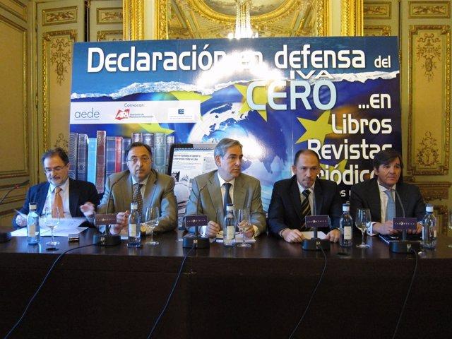 Los Participantes En La Presentación De La Declaración En Defensa Del IVA Cero