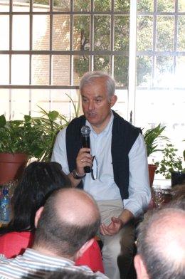 El candidato del PP a la alcaldía de Zaragoza, Eloy Suárez