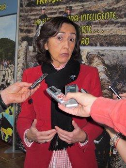 Ministra de Medio Ambiente y Medio Rural y Marino, Rosa Aguilar
