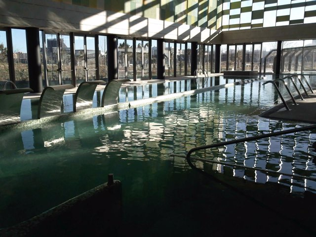 Piscina spa del Centro Termal del Parque del Agua