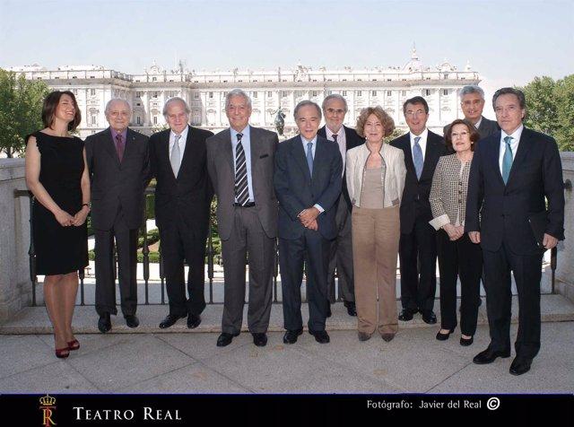Mario Vargas Llosa En El Teatro Real