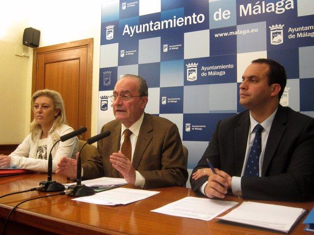 Carolina España, Francisco De La Torre Y Manuel Díaz