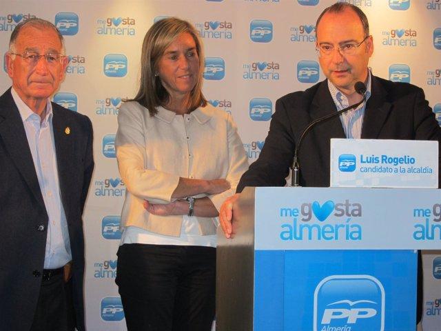 Ana Mato Junto Al Alcalde De Almería, Luis Rogelio Rodríguez-Comendador (Dcha)