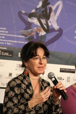 Laura Kumin