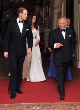 Guillermo, Catalina Y El Príncipe Carlos