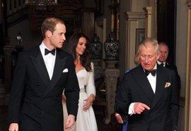 El Príncipe Guillermo y la Princesa Catalina celebran con una fiesta su primera noche tras la boda
