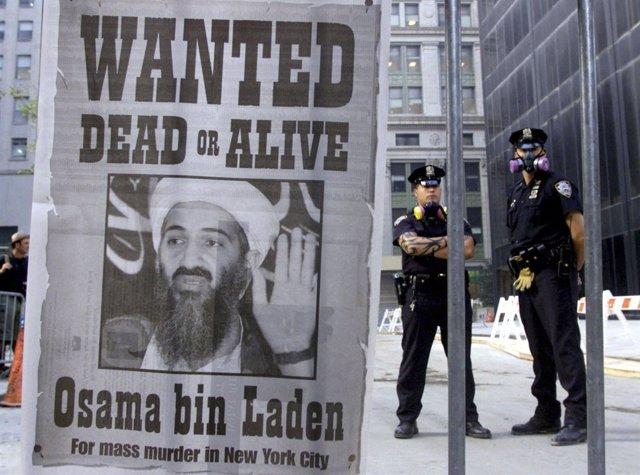 Cartel De Bin Laden En La Zona Cero De Nueva York