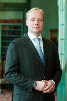 Carlos Javier De Borbón-Parma, Pretendiente Carlista A La Corona De España