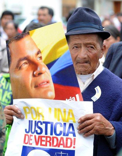 Ecuador.- Correa somete a prueba su popularidad con un referéndum para reformar el Poder Judicial y la Constitución