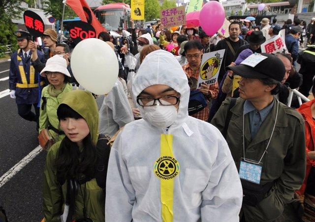 Protesta Antinuclear En Japón