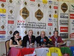Presentación De La XXV Vuelta Ciclista Internacional A Extremadura