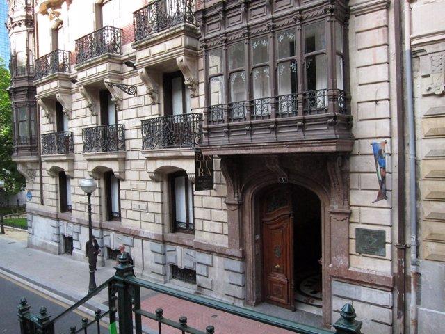 Ayuntamiento De Bilbao Incluye La Sede Del Colegio De