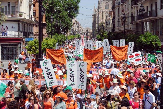 Manifestación Contra La Reordenación