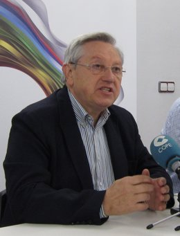 El Candidato De Nabai Patxi Zabaleta, En Rueda De Prensa.