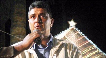 Dictan arresto domiciliario contra un gobernador opositor y un diputado del partido de Evo Morales
