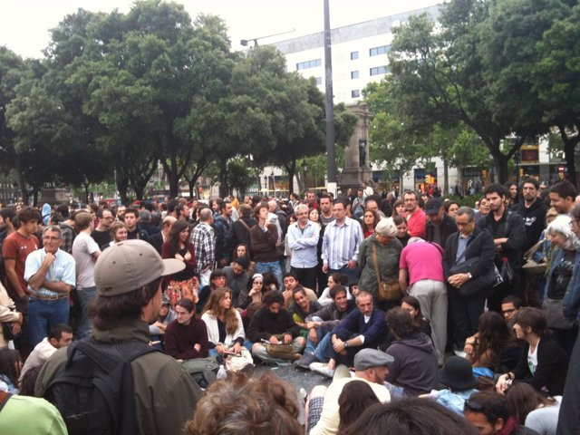 Concentración En Plaza Catalunya