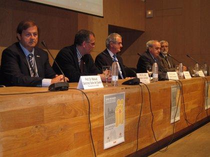 CLeón.- Álvarez Guisasola aboga por la creación de subespecialidades pediátricas