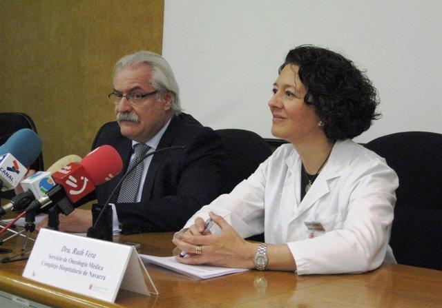 La Doctora Vera Junto Al Gerente Del CHN, Fernando Boneta.