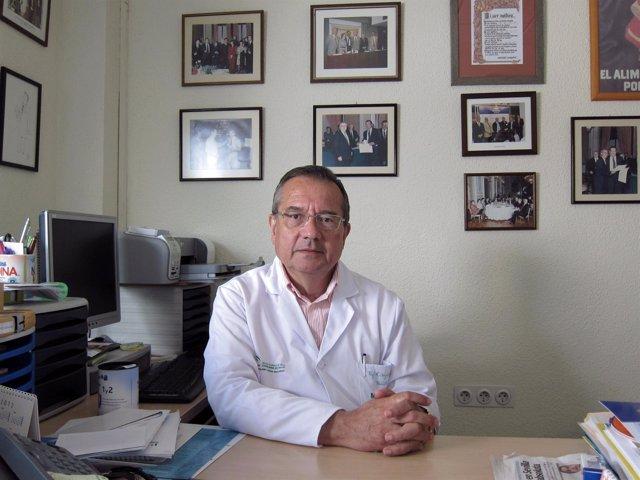 El Jefe De La Sección De Gastroenterología Pediátrica Del Mismo Hospital, El Doc