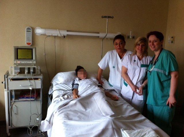 Doctora López Con El Equipo De Enfermería Que Realiza Las Pruebas