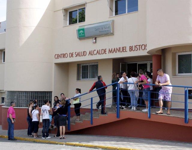 Fachada Principal Del Centro De Salud Alcalde Manuel Bustos En Mairena Del Alcor