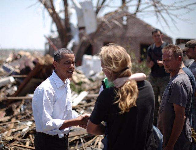 Obama Visita La Región De Misuri Afectada Por Las Tormentas Y Tornados