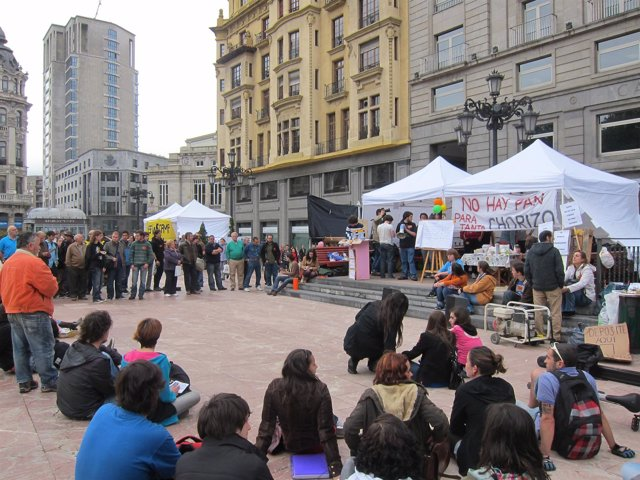Acampados En Oviedo