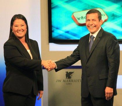Fujimori y Humala se miden en el último debate electoral antes de la segunda vuelta de las presidenciales