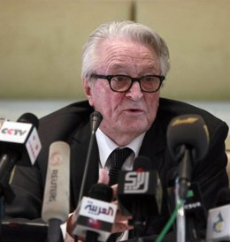 El Ex Ministro Francés Roland Dumas