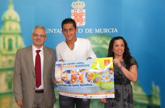 Escañuela, Almagro Y Hontoria, Presentan El Torneo De Tenis A Beneficio De Lorca