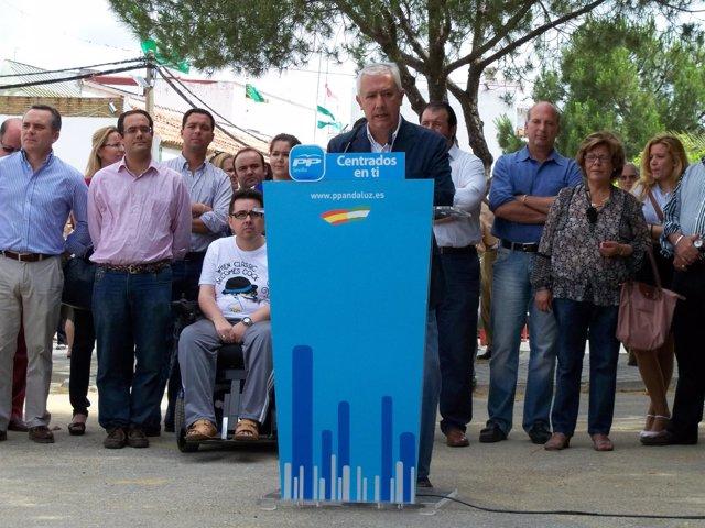 Javier Arenas Junto A Otros Líderes Del PP