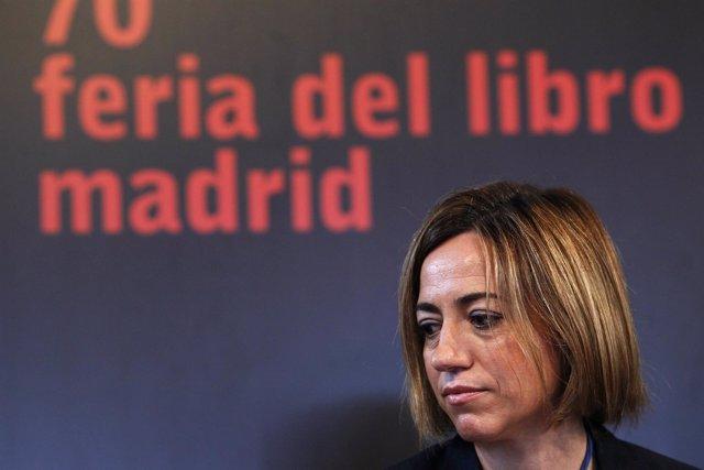 Carme Chacón, En La Feria De Madrid