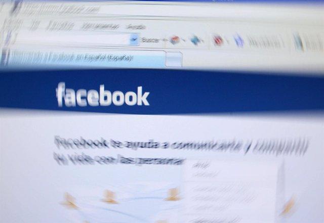 Pantalla Con Facebook
