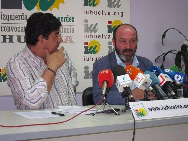 El Coordinador Provincial De IULV-CA, Pedro Jiménez, Junto A Diego Valderas.