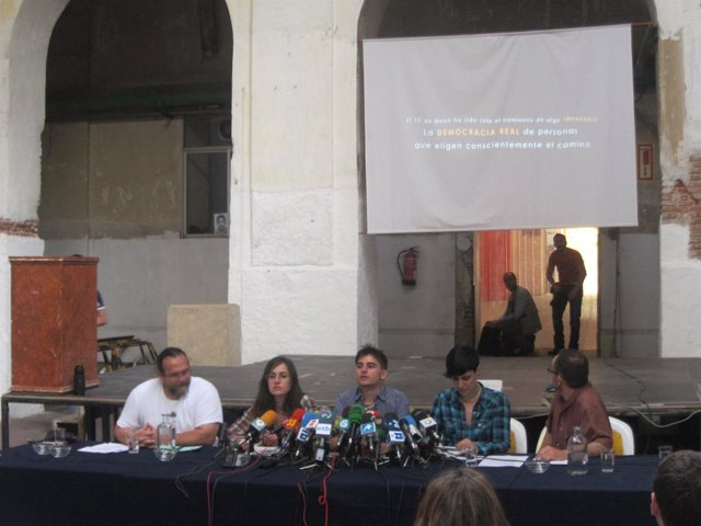 Rueda De Prensa De 'Democracia Real Ya'