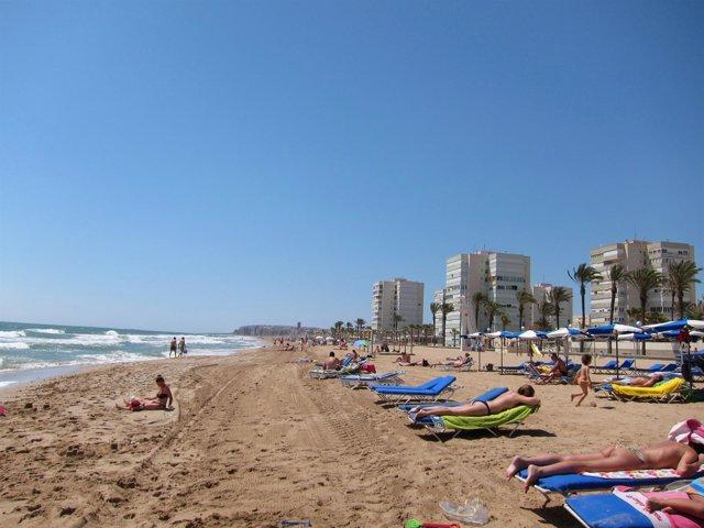 Playa De Urbanova En Alicante