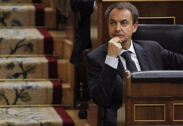 Zapatero, Pensativo En Su Escaño En El Congreso