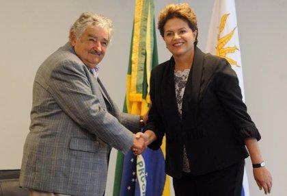 Brasil/Uruguay.- Rousseff realizará hoy una visita relámpago a Uruguay para firmar acuerdos de cooperación