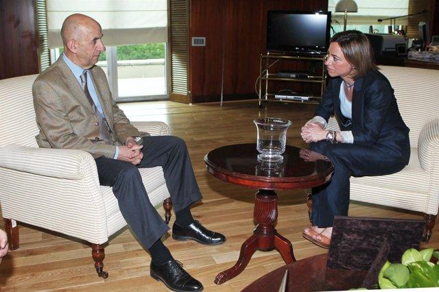 Chacón Y Gallois, En El Ministerio De Defensa