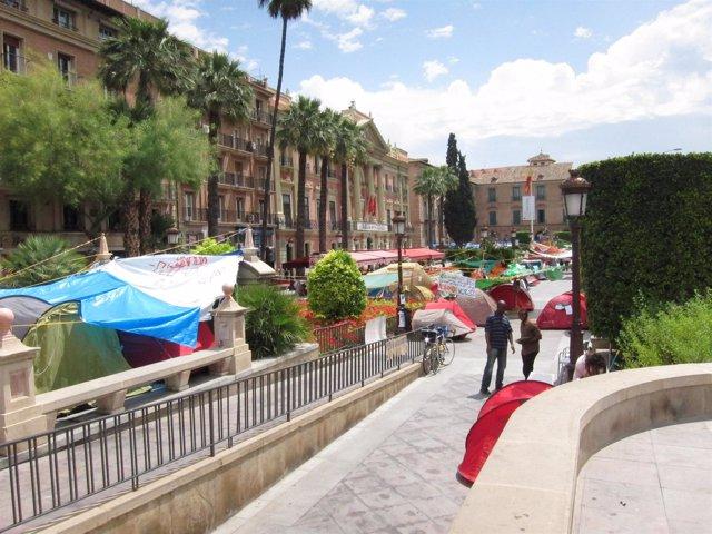 La Acampada Del 15-M En La Glorieta De Murcia