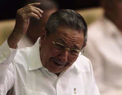 """Raúl Castro: es """"una lástima"""" que no me pueda """"retirar ya"""""""